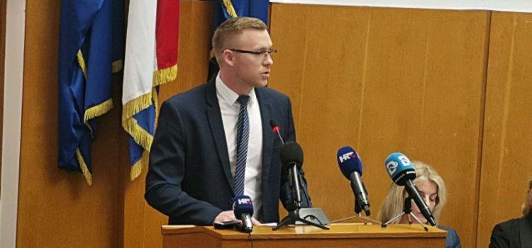 Dražović: Ulicu Hrvatskog sabora treba urediti, ružno izgledaju drva i piljevina
