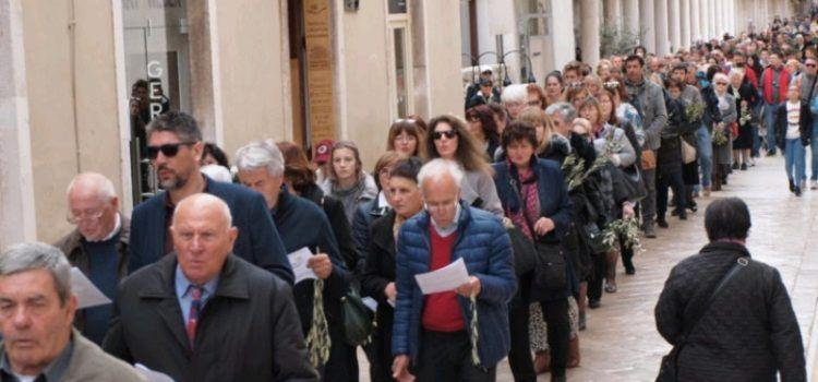 Misom i veličanstvenom procesijom proslavljen blagdan Cvjetnice u Zadru