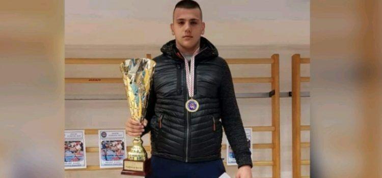 USPJEH Žarko Pedisić iz Turnja po 5. put prvak Hrvatske u kickboxingu