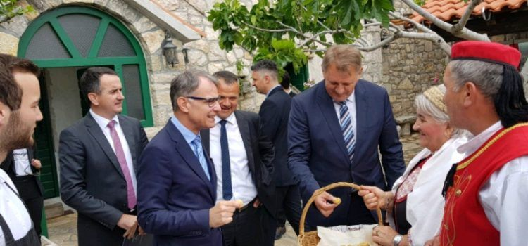 Ministar Cappelli na Osnivačkoj skupštini Turističke zajednice Ravni kotari