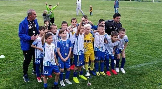 USPJEH MALIH NOGOMETAŠA Papaline NK Zara osvojile Alpas Cup u Skradinu