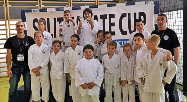 USPJEH Karatisti iz Bibinja među 489 natjecatelja osvojili 2 zlata i 3 bronce!