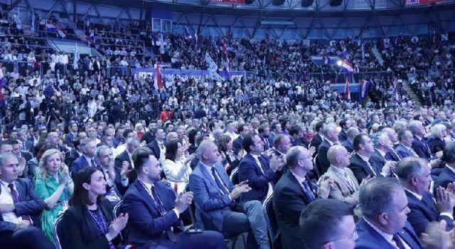 FOTO Prepuna dvorana Cibone: Na skupu HDZ-a bio je velik broj članova iz Zadra