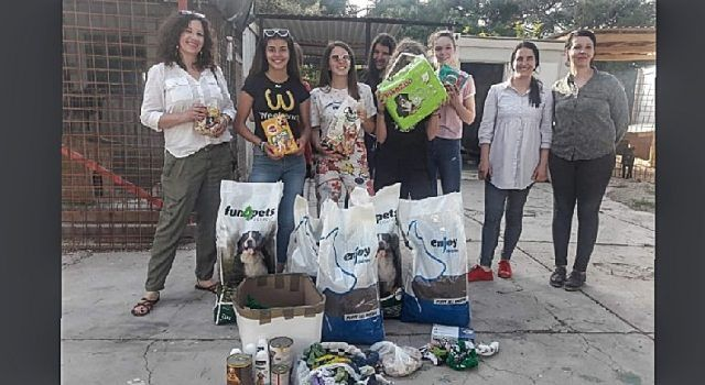 PLEMENIT ČIN Učenici štedjeli i od ušteđevine kupili hranu psima u azilu