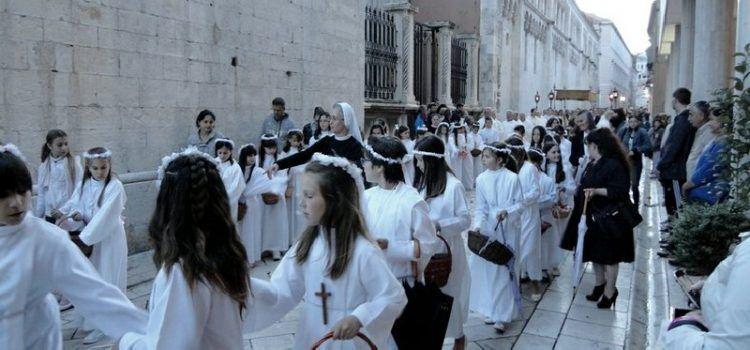 Katolički vjernici danas slave blagdan Tijelova