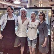 """Jon Bon Jovi s obitelji u Zadru; Njegov sin oduševljeno poručio – """"I mi smo Hrvati"""""""