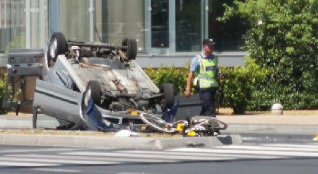 FOTO Teška prometna nesreća kod kolodvora; Stradali biciklist i vozač