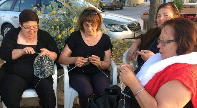 U subotu Bibinje obilježava Svjetski dan pletenja u javnosti – pridružite se!