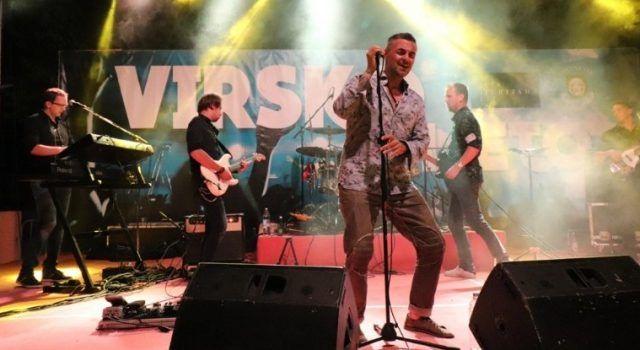 GALERIJA Publika uživala na koncertu Sandija Cenova u Viru