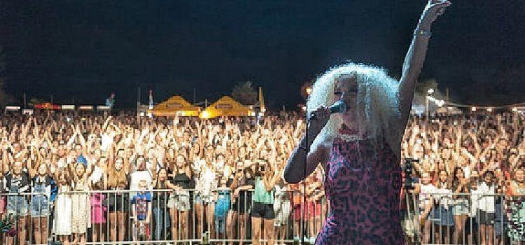 GALERIJA Tradicionalna 'Privlačka noć' okupila preko 8.000 posjetitelja