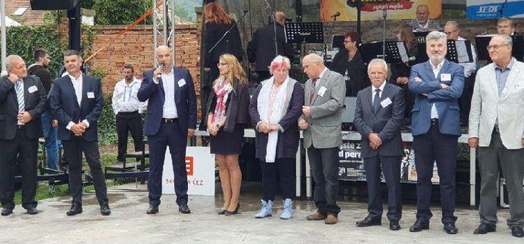 Češki grad Oslavany odlikovao načelnika Kapovića i posthumno Matu Radovića