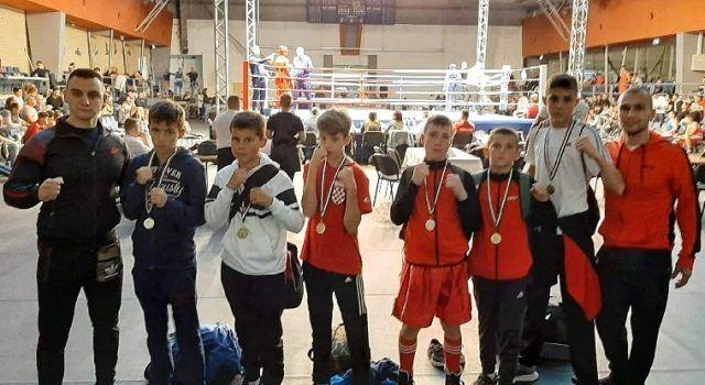 Mladi boksači iz Zadra, reprezentativci Hrvatske, osvojili zlato u Mađarskoj