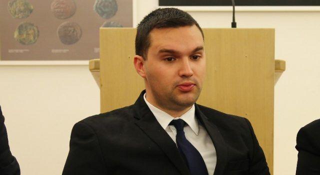 Lukić: Puštanje mladića optuženih za silovanje i premlaćivanje je dno dna!