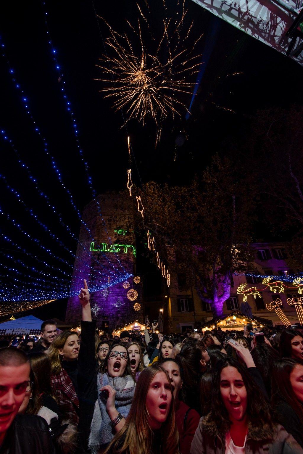 003 Advent u Zadru otvaranje Prljavo kazalište 23.11.2019, foto Iva Perinčić 38 (1)-1024x1534
