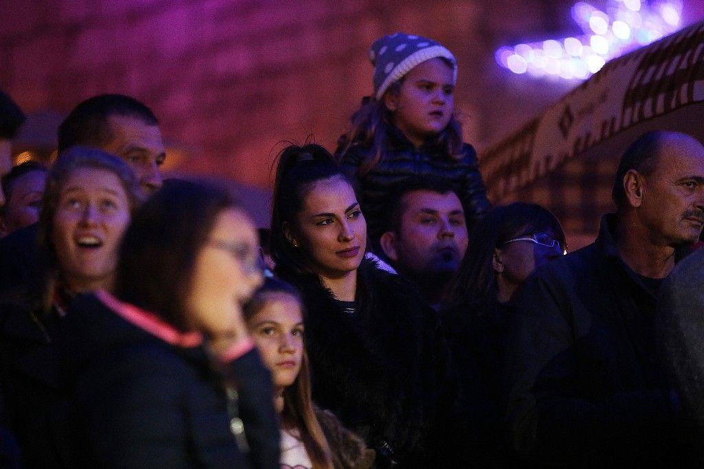 004 Advent u Zadru otvaranje Prljavo kazalište 23.11.2019, foto Fabio Šimićev 08 (1)-1024x683