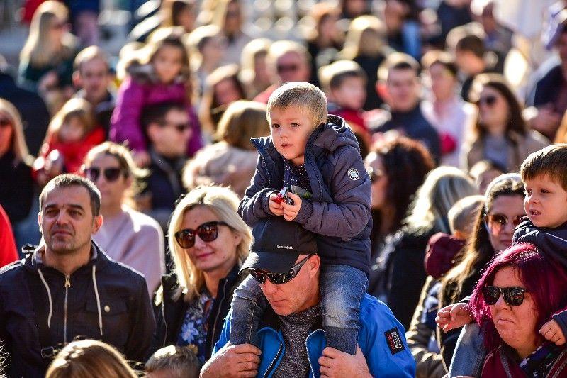 Otvorenje Dječjeg Adventića 30.11.2019, foto Iva Perinčić 17-800x533