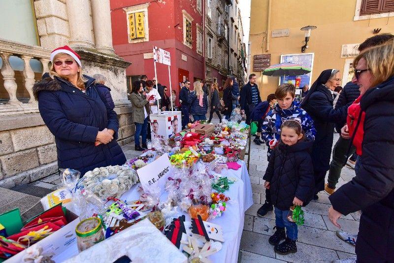 Otvorenje Dječjeg Adventića 30.11.2019, foto Iva Perinčić 27-800x533
