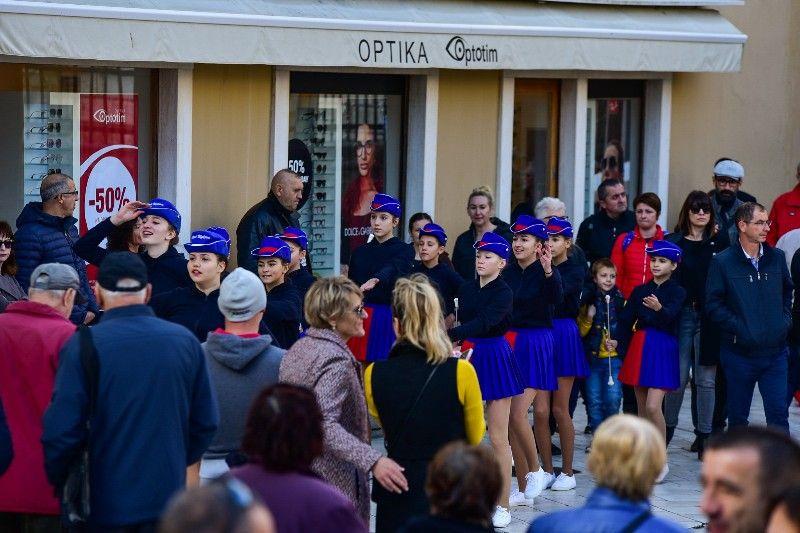 Otvorenje Dječjeg Adventića 30.11.2019, foto Iva Perinčić 36-800x533