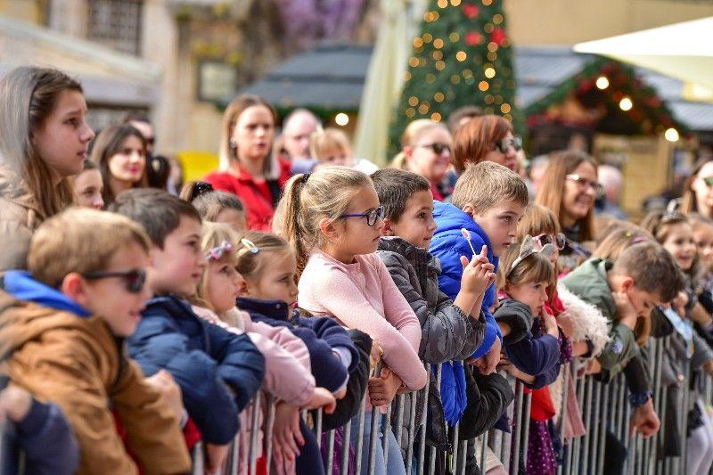 Otvorenje Dječjeg Adventića 30.11.2019, foto Iva Perinčić 62-800x533