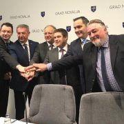 Ministar Butković na Pagu potpisao rekonstrukciju i dogradnju trajektnog pristaništa Žigljen