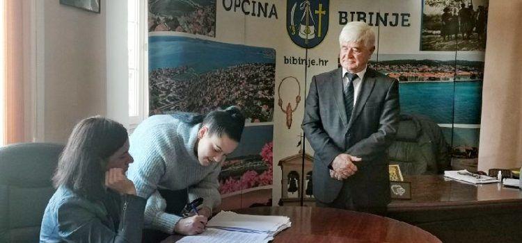 LIJEPA VIJEST Čak 79 studenata iz Bibinja dobilo stipendije