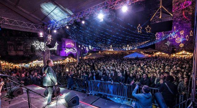 GALERIJA Spektakularno otvoren 'Advent u Zadru' uz Prljavo kazalište i vatromet