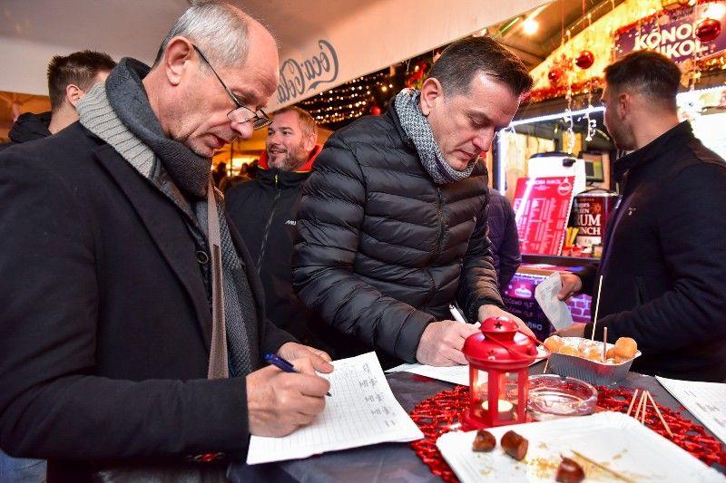 01 020 Kušanje najboljih kuhanih vina Udruga Vinum 04.12.2019, foto Iva Perinčić-800x533