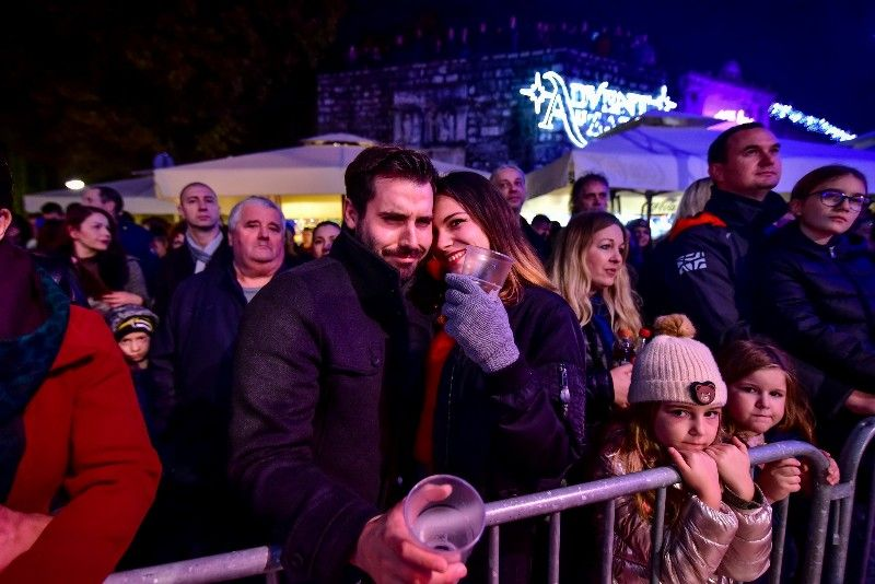 027 Advent u Zadru Opća opasnost 07.12.2019, foto Iva Perinčić 18 (1)-800x534