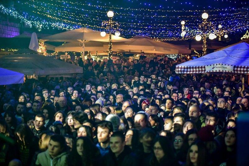 027 Advent u Zadru Opća opasnost 07.12.2019, foto Iva Perinčić 58 (1)-800x534