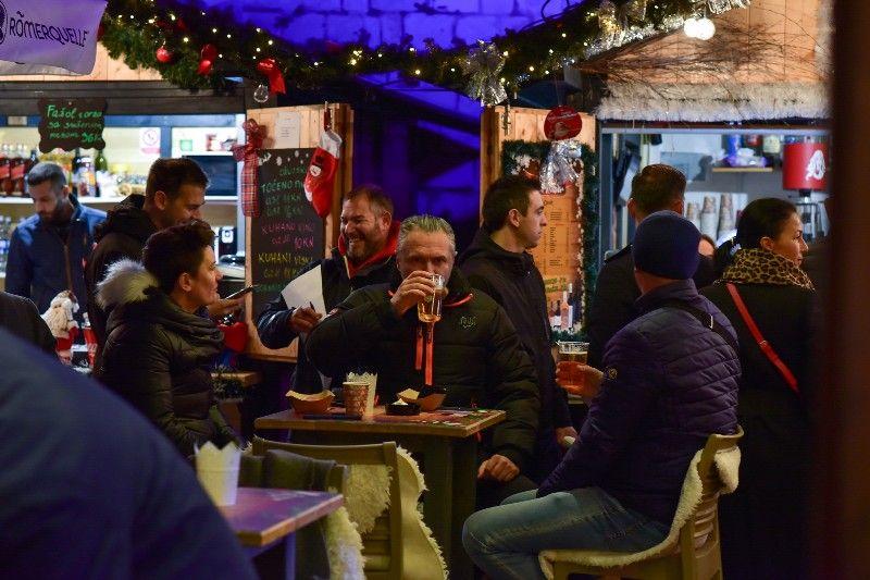 13 020 Kušanje najboljih kuhanih vina Udruga Vinum 04.12.2019, foto Iva Perinčić-800x533