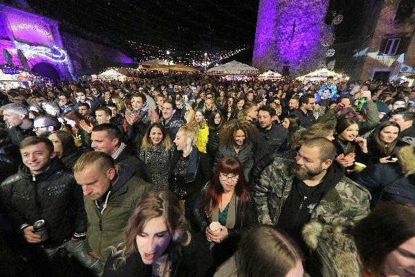 Advent u Zadru Hladno pivo 30.11.2019, foto Fabio Šimićev 29-600x400