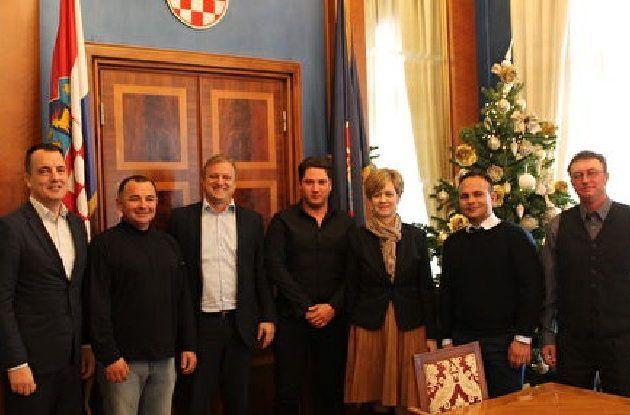TRADICIONALNI SUSRET Gradonačelnik Dukić primio zadarske barkajole