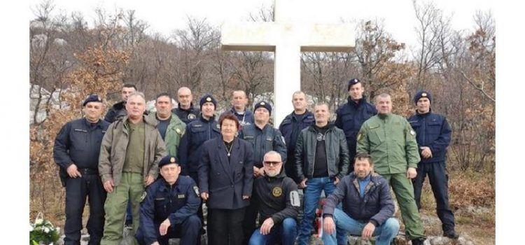 Zadarski policajci odali počast Draganu Žuniću, kolegi poginulom prije 27 godina u ratu