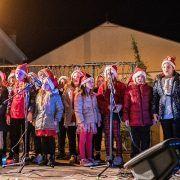 GALERIJA U Privlaci otvoren 7. tradicionalni Božićni sajam
