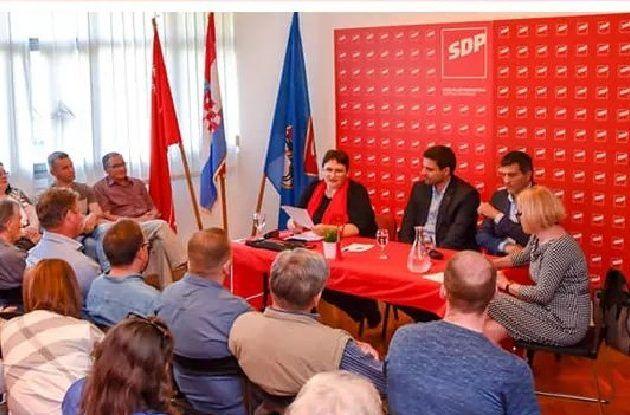 Vijećnici SDP-a od 18 sati primat će građane i razgovarati o problemima