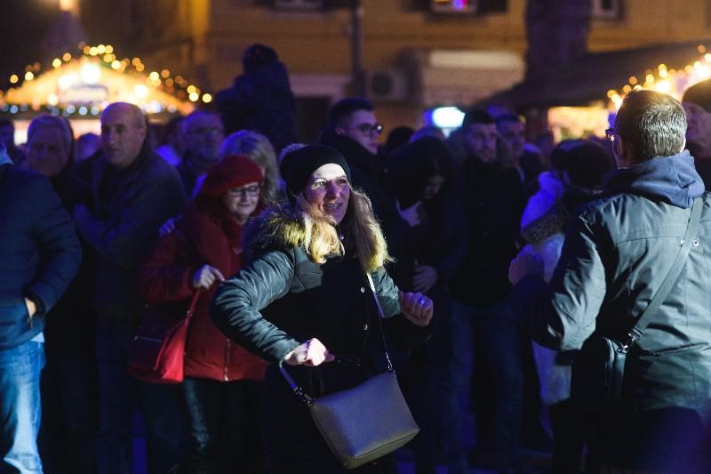 004 Doček Nove godine u Zadru 31.12.2019, foto Fabio Šimićev-800x533