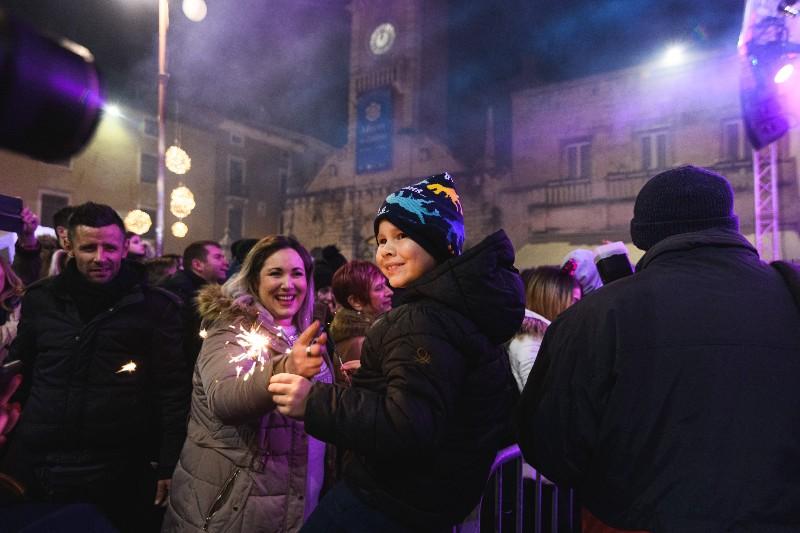086 Doček Nove godine u Zadru 31.12.2019, foto Fabio Šimićev-800x533