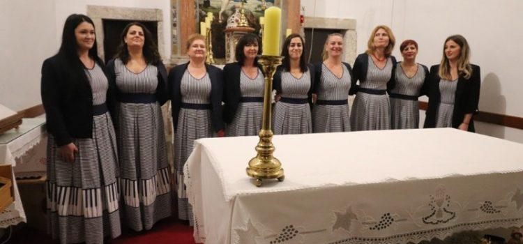 GALERIJA U Viru održan tradicionalni božićni koncert klapa i zborova
