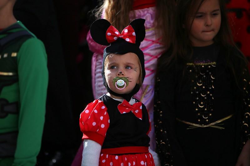 Šareni maskograd dječji karneval na Narodnom trgu 22.02.2020, foto Fabio Šimićev 35-800x533