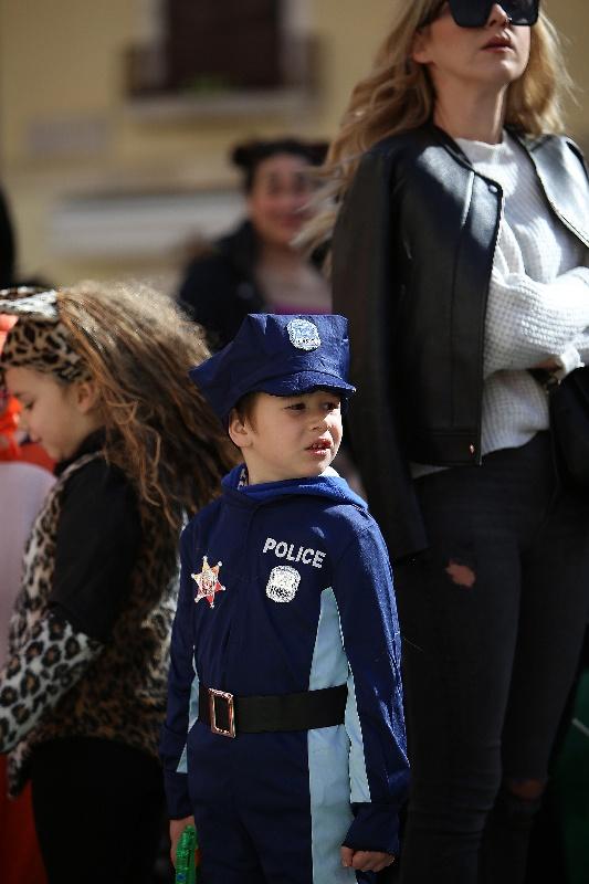 Šareni maskograd dječji karneval na Narodnom trgu 22.02.2020, foto Fabio Šimićev 38-533x800