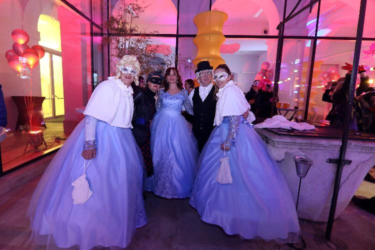 2 Inguracisko-karnevalski bal(in) u Kneževićevoj palači, foto Fabio Šimićev 11-750x500