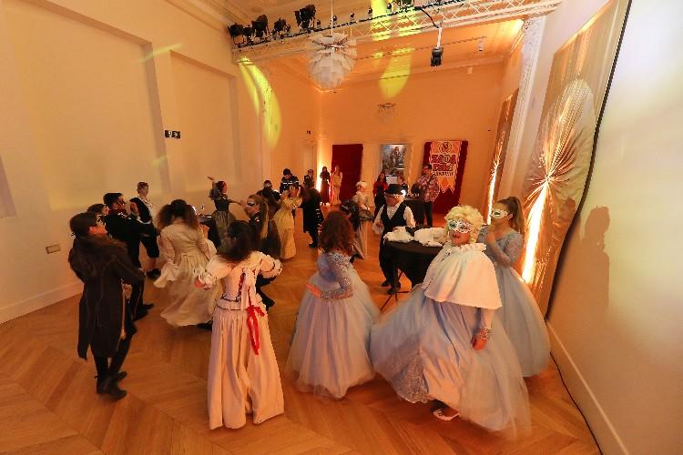 2 Inguracisko-karnevalski bal(in) u Kneževićevoj palači, foto Fabio Šimićev 18-750x500