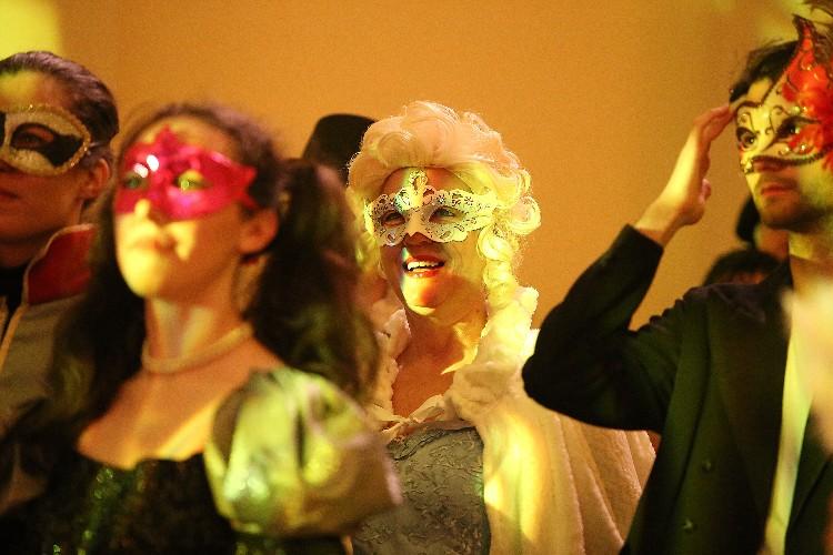 Inguracisko-karnevalski bal(in) u Kneževićevoj palači, foto Fabio Šimićev 03-750x500