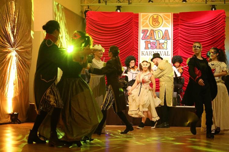 Inguracisko-karnevalski bal(in) u Kneževićevoj palači, foto Fabio Šimićev 16-750x500