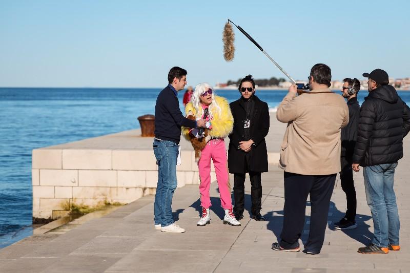Rita Ora u obilasku grada Zadarski karneval 20.02.2020 01-800x533
