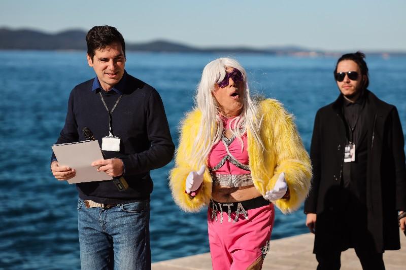 Rita Ora u obilasku grada Zadarski karneval 20.02.2020 05-800x533