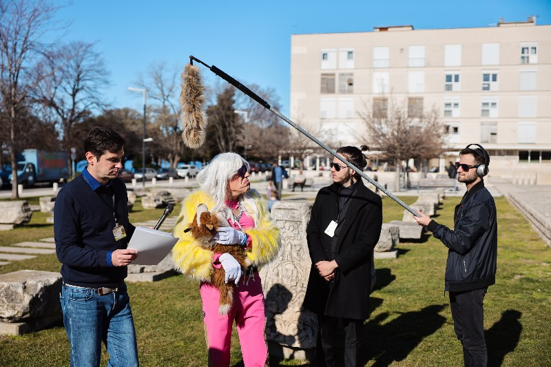 Rita Ora u obilasku grada Zadarski karneval 20.02.2020 06-800x533