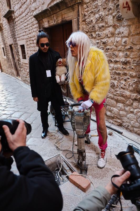 Rita Ora u obilasku grada Zadarski karneval 20.02.2020 20-533x800