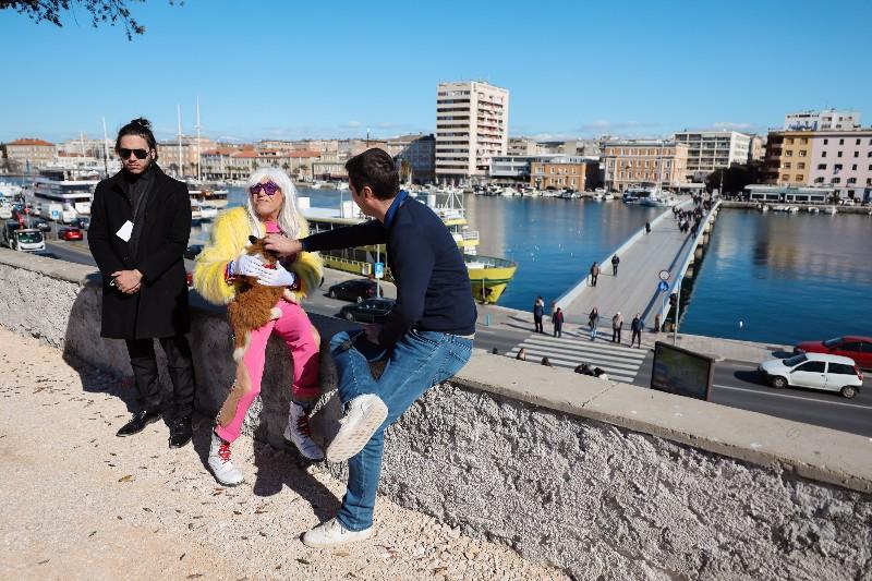 Rita Ora u obilasku grada Zadarski karneval 20.02.2020 21-800x533