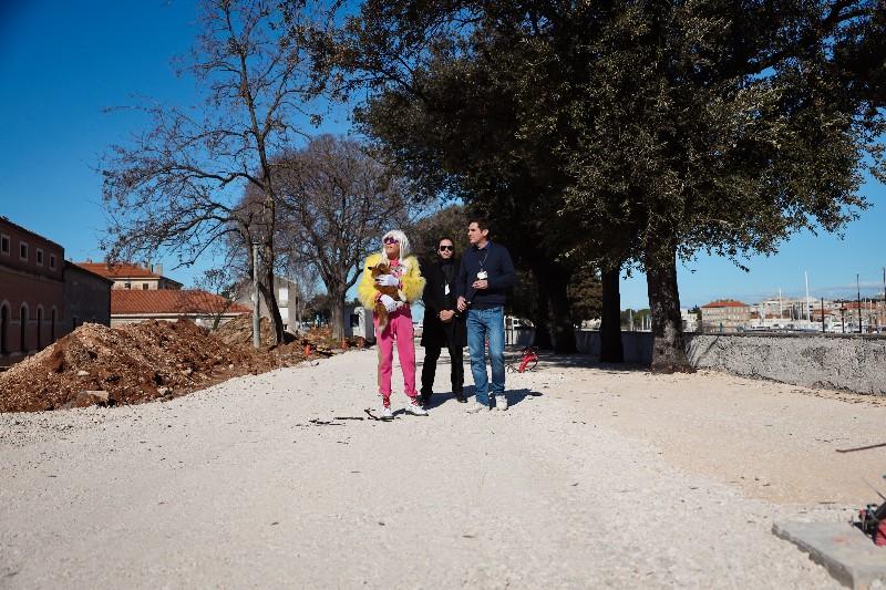 Rita Ora u obilasku grada Zadarski karneval 20.02.2020 22-800x533